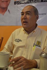 Carlos Navarro 1