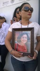 Maestra, con foto de directora de Fora 3, Susana Martínez
