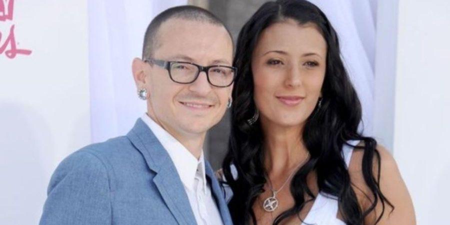 Rompe el silencio viuda de vocalista de Linkin Park