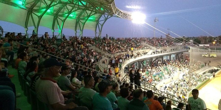Entrega alcalde Enrique Reina nuevo estadio de beisbol