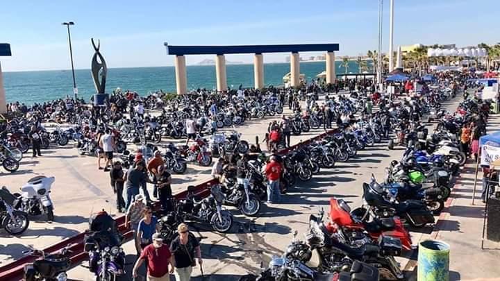 """El lado salvaje de los """"bikers"""" - Semanario Contraseña"""