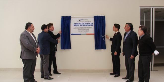 Entrega Kiko Vega obra de Nuevo Centro de Justicia Penal