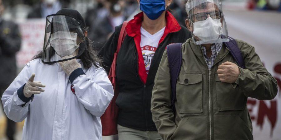 Primera ola de la pandemia no ha terminado, los casos siguen aumentando, advierte la OMS